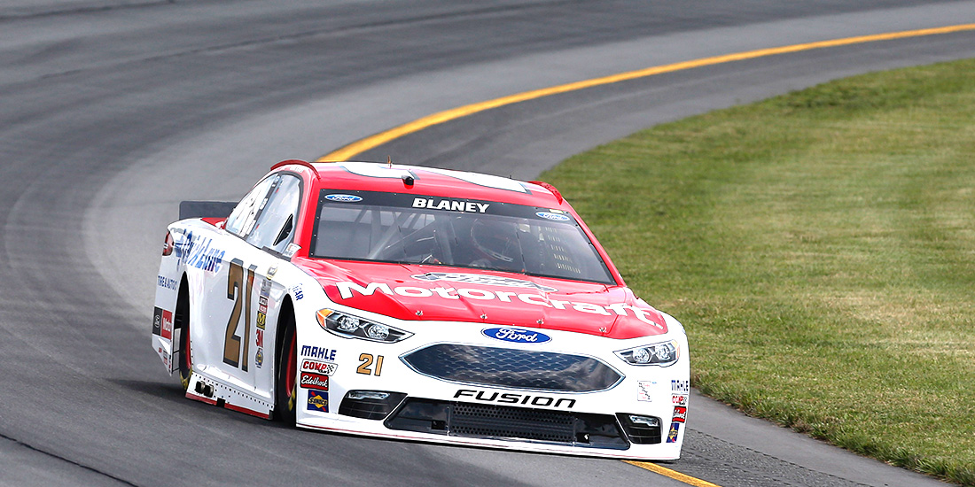 Blaney, Wood Brothers Finish 11th at Pocono Despite Elements